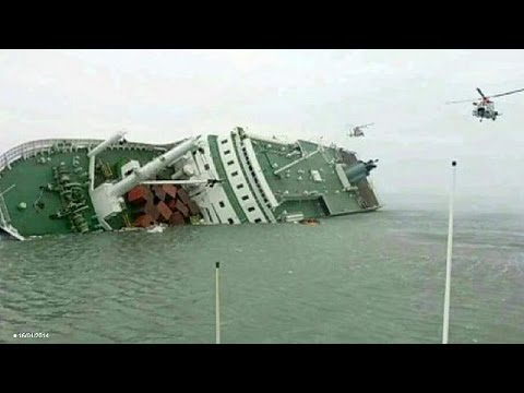 South Korea ferry disaster: death toll tops 240, president meets relatives