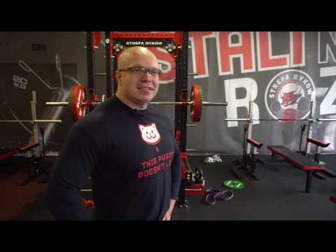 The Faceless is a coach: 16 years old - 210kg in squat!