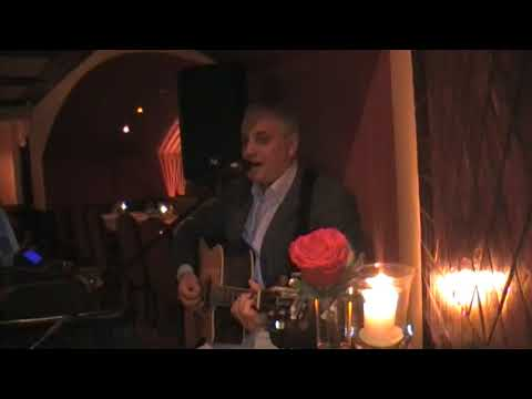 Aziz Cheurfa Ardia in RITZ CARLTON Hotel Doha,Qatar Mix International and Italian songs 2015