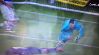 Enorme choc entre Mbappe et Lopes lors de Lyon- PSG