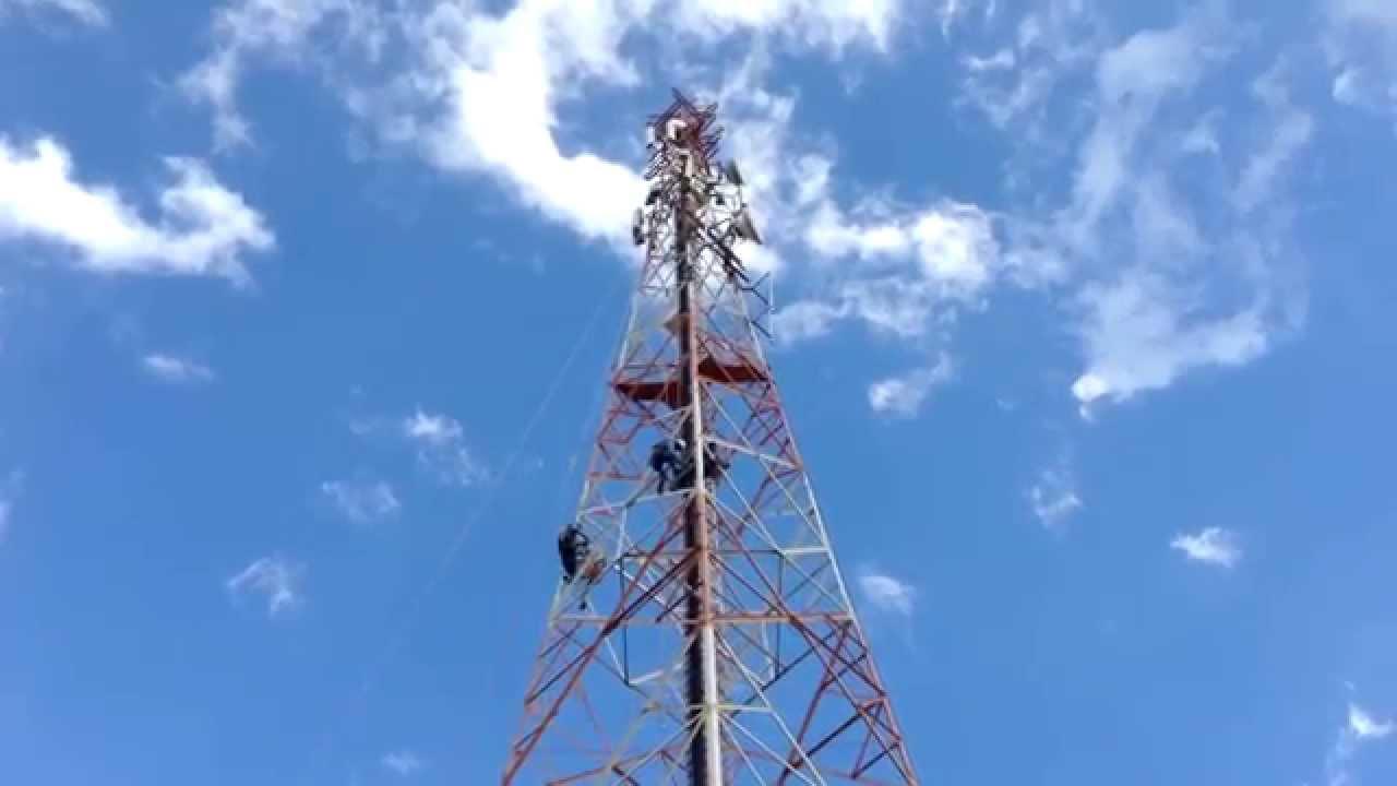 Resultado de imagem para torre celular