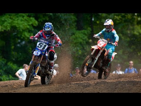 RedBud 450MX: Ryan Dungey vs. Justin Barcia for the lead in Moto 1