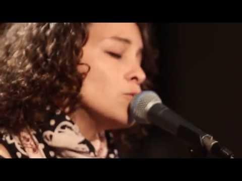 Gaby Moreno - 'Blues de Mar'