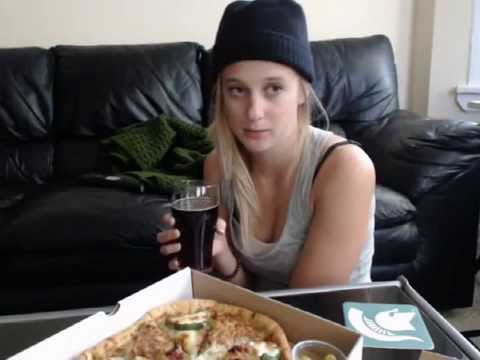 ASMR Un-Cut : Eating Pizza and Drinking Beer - YouTube