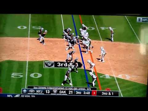 Cordarrelle Patterson breaks tackle 43 yard TD run Raiders vs Jets 9/17/17