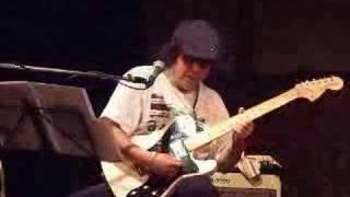 ソロ・ライブにおけるギターソロ。渾身!