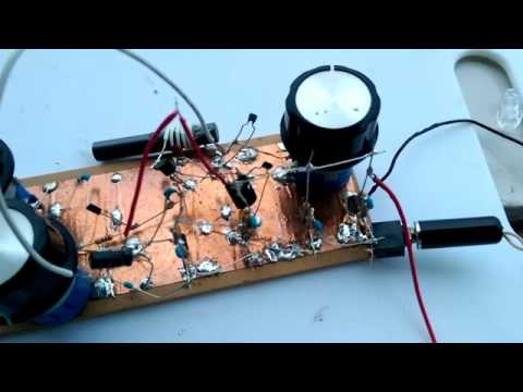 Shortwave regenerative receiver with tiny ferrite antenna (2/2)