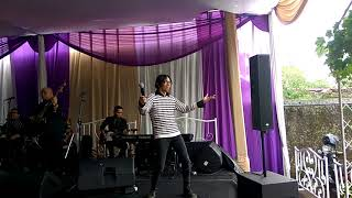 Download lagu Sanny Ex Five Minutes - Selamat Tinggal In Wedding Dewi & Heldi