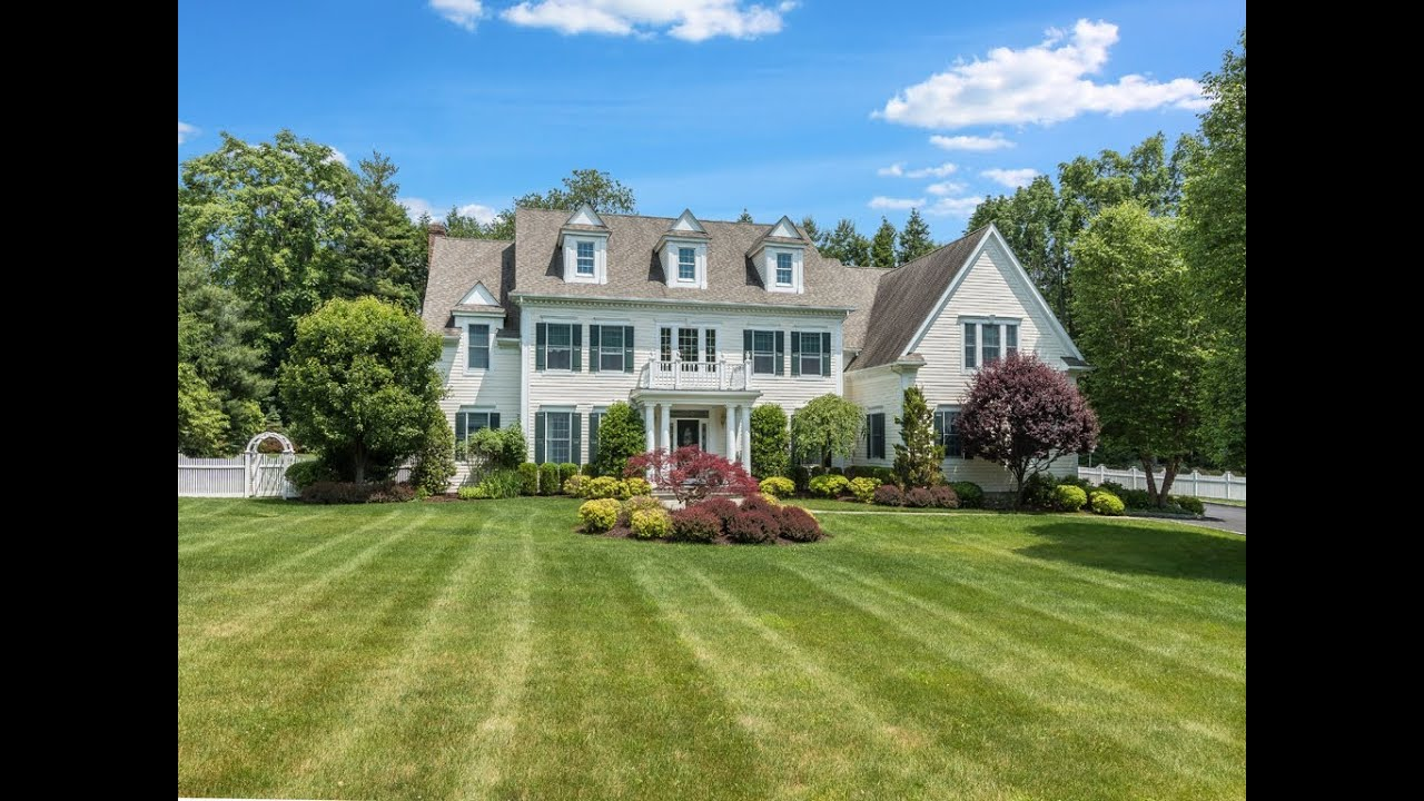 Real Estate Video Tour 43 Fieldstone Drive Katonah Ny