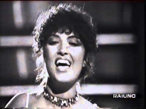Marcella Bella - Resta cu'mme