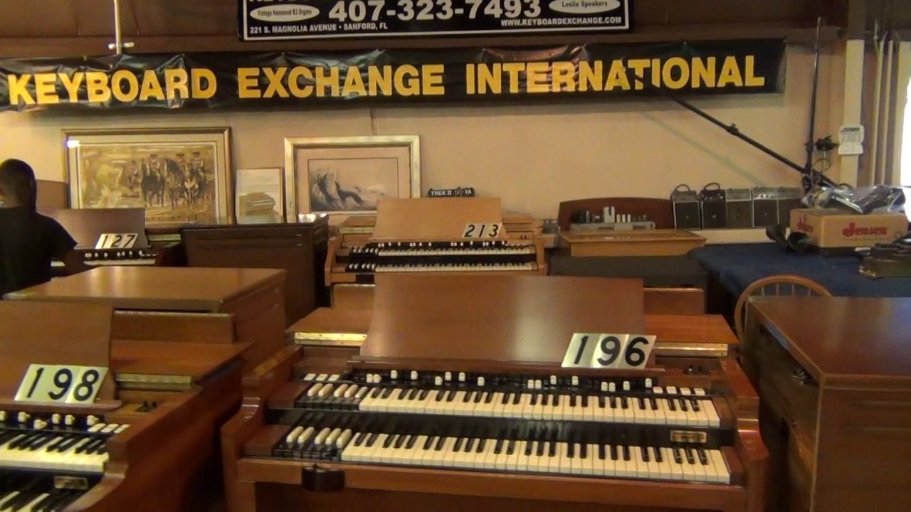 hammond organ with leslie speaker for sale 127 keyboard exchange international youtube. Black Bedroom Furniture Sets. Home Design Ideas