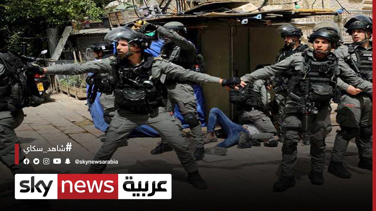 فلسطين وإسرائيل: عشرات الجرحى إثر تجدد المواجهات في ساحات المسجد الأقصى  - 22:59-2021 / 5 / 10