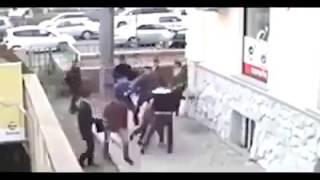 Tek Başına 15 Kişiyi Devirdi