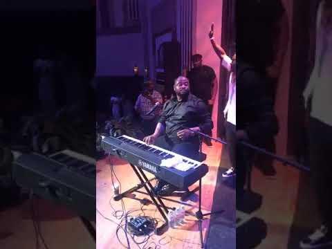 Moïse Mbiye extrait Concert Ottawa