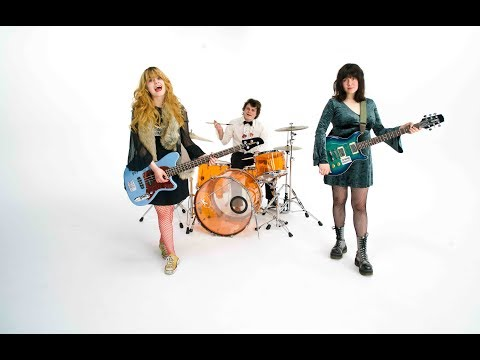 Skating Polly - Hollywood Factory (Official Video)