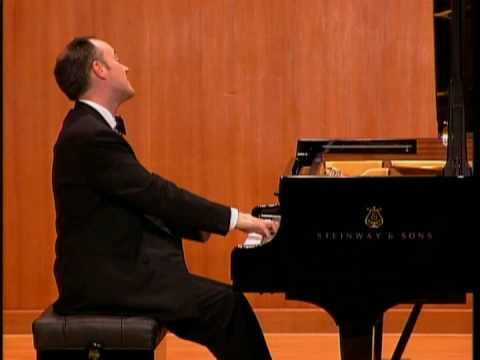 Leon McCawley - Brahms Klavierstücke Op.118. Intermezzo No.2 in A major