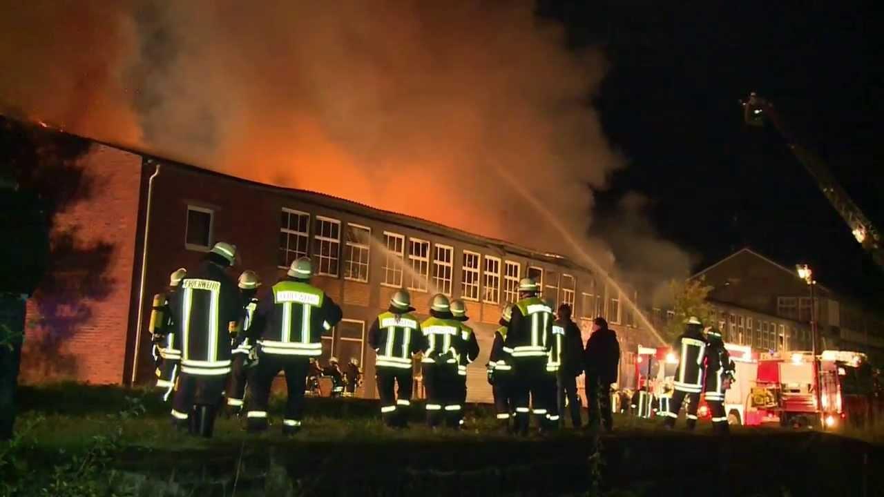 Großbrand bei Möbelwerk Panthel in Unnau Ww - YouTube