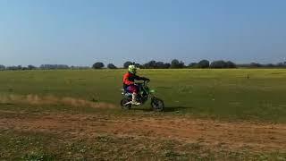 Kiki248# yo en la crono XZF 190 zongshen  5 speed  ✊✊💨💨