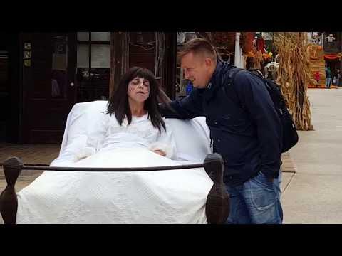 Portaventura World at Halloween - Exorcist girl & characters