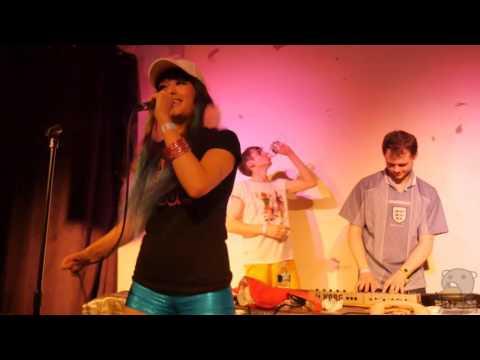 Kero Kero Bonito - Flamingo [NYC DEBUT in 4K] (live @ Palisades 10/12/15)