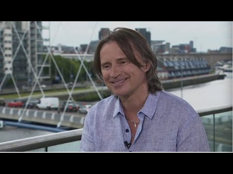 Robert Carlyle talks to Scotland Tonight (full interview)
