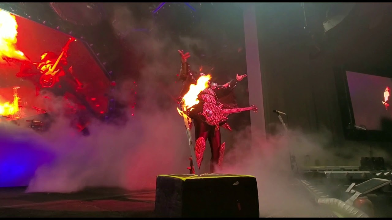 KISS — Gene Simmons Breathing Fire In Bristow
