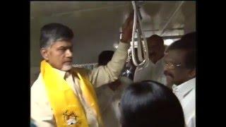 AP CM Sri NCBN inspecting RTC bus on 31.03.2016