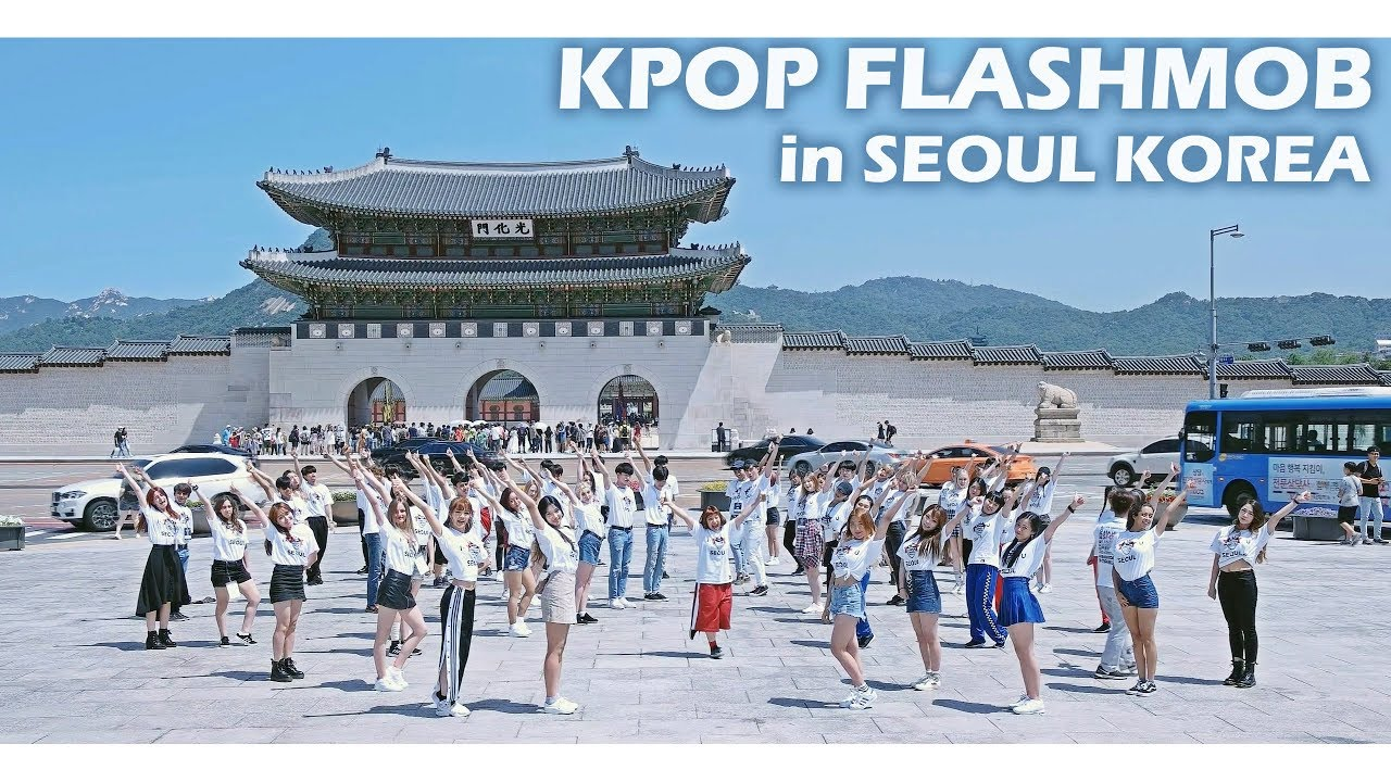 KPOP FLASHMOB IN SEOUL KOREA by Dancers Around The World @ 광화문 GWANGHWA MUN | Filmed by lEtudel