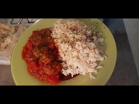 riz-avec-boulette-de-viande-hachÉe-a-la-sauce-tomate-trÈs-rapide