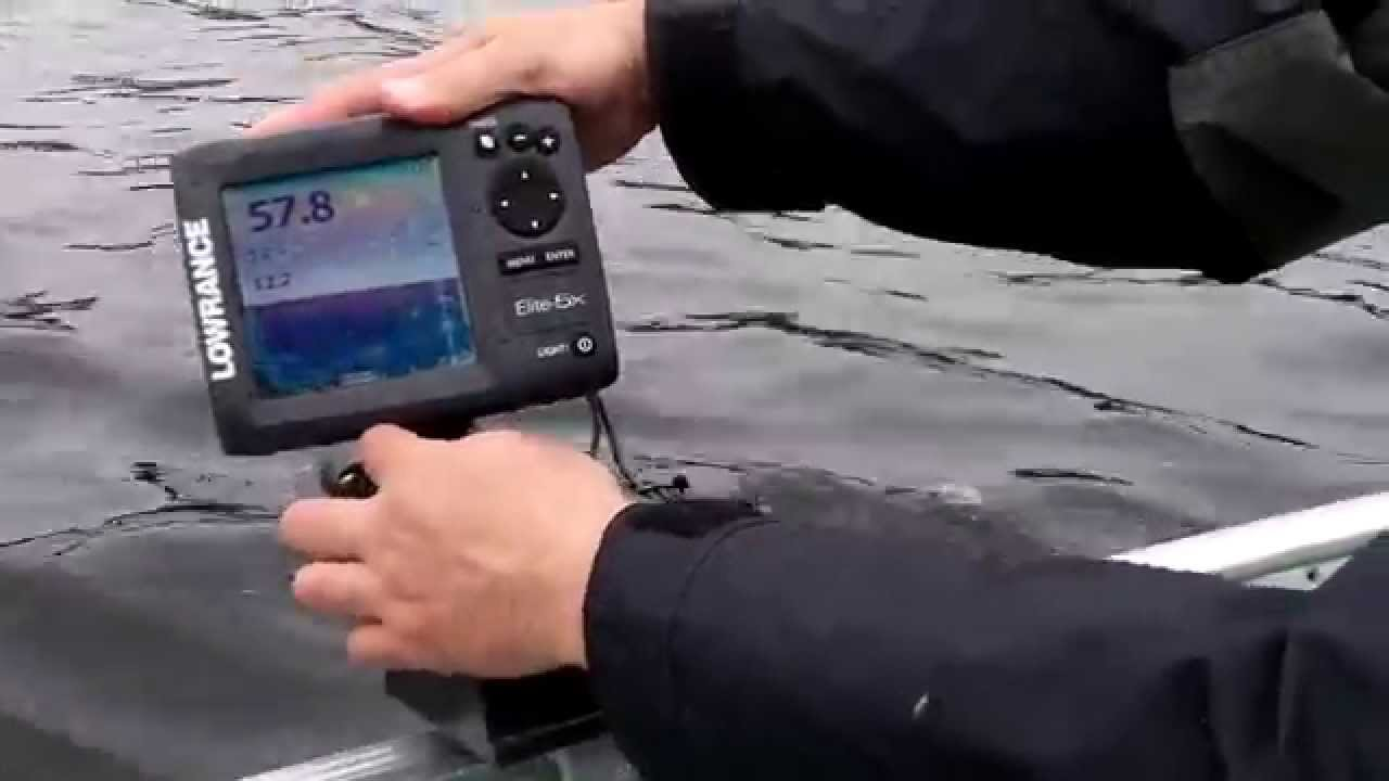 make any fishfinder portable with this powered fishfinder mount, Fish Finder