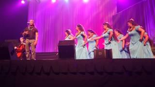 Kealii Reichel performs at the 2015 Na Hoku Hanohano Awards