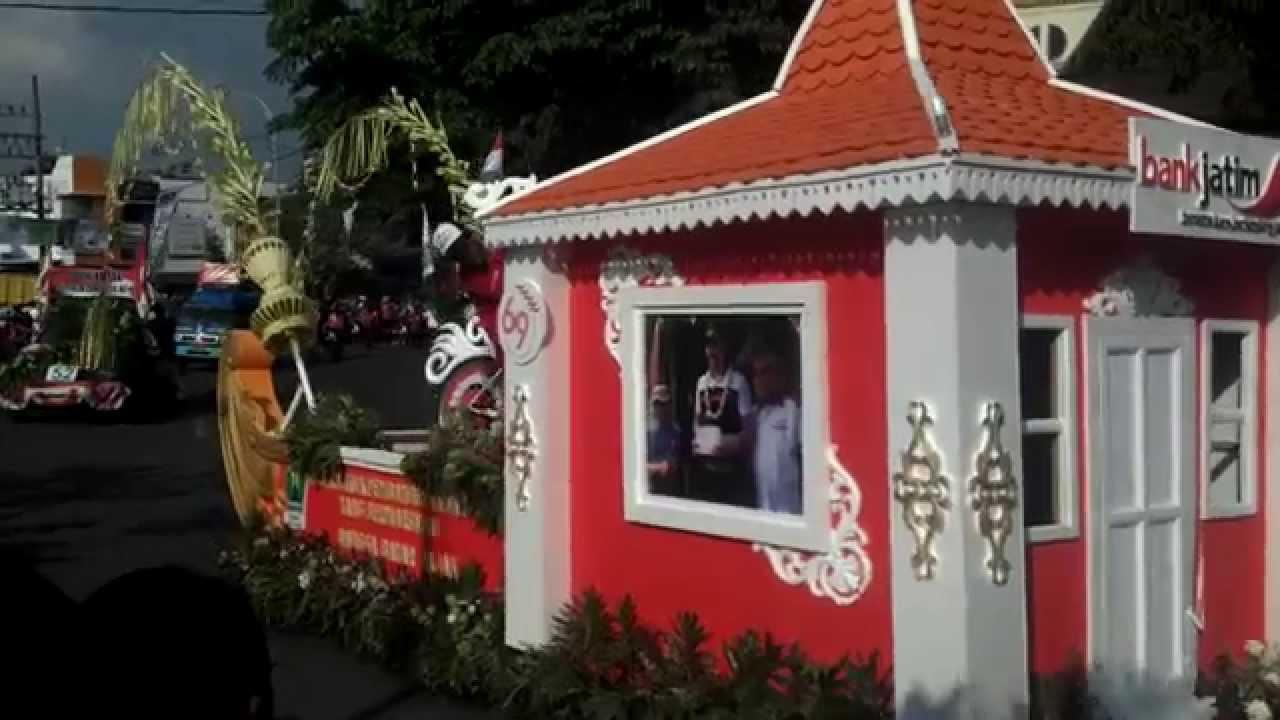 Karnaval mobil hias, Kirab Budaya Kota Malang Agustus 2014 ...