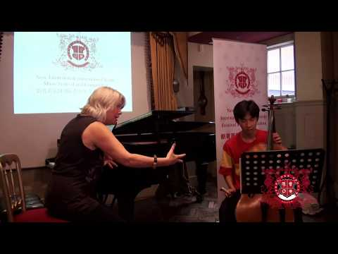 Royal Academy of  Professor Jo Cole gives masterclass to AY Academy student Max Zhao