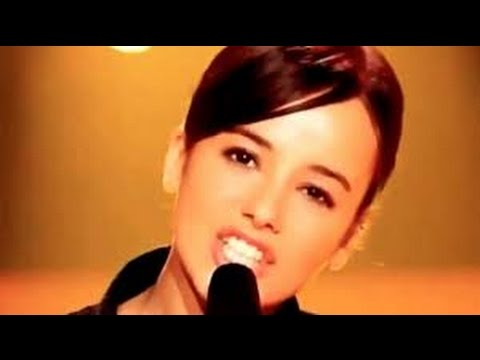 Alizee - La Isla Bonita (with lyrics)