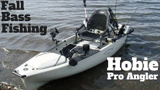 Hobie Pro Angler 14 in Action! (Kayak Bass Fishing)