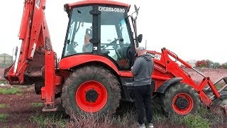 The Tractor Excavator broken down Funny Baby Ride on POWER WHEEL Plane Help | Excavator for kids