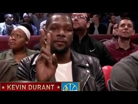 Kevin Durant Looks PISSED After Announcer Says He's Still with OKC