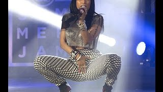 Nicki Minaj SEXIEST moments Part 1