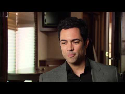 Law & Order: SVU: Danny Pino On Set