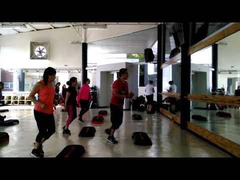 Step choreography work out nivel hard