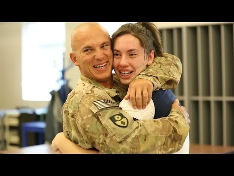 A Service Member Surprises His Kids at School