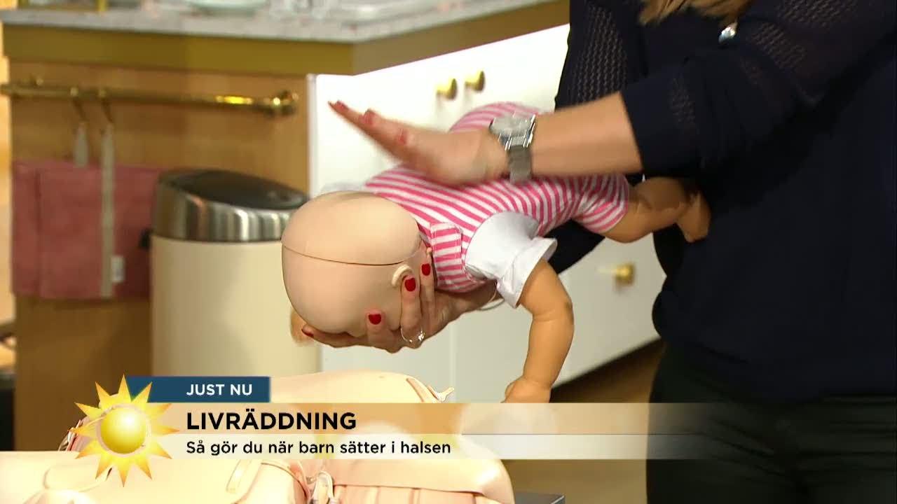 Download Expert visar: Så gör du om ett barn sätter i halsen - Nyhetsmorgon (TV4)