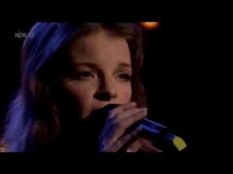"Yvonne Catterfield ""LIEBER SO"" LIVE"