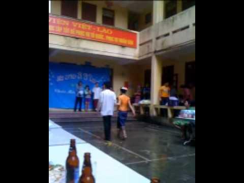 dai hoc mo dia chat va tai chinh trong ngay tet lao 2553 (1)