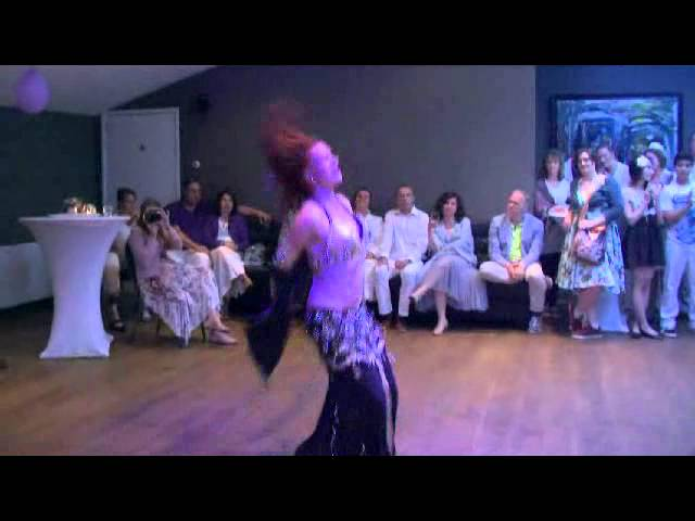 Drumsolo with Brasilian elements danced by Sabouschka