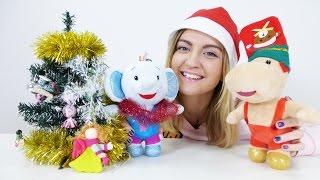 Тима и Тома вместе с Юлей наряжают Новогоднюю Елку || Развивающее видео для детей