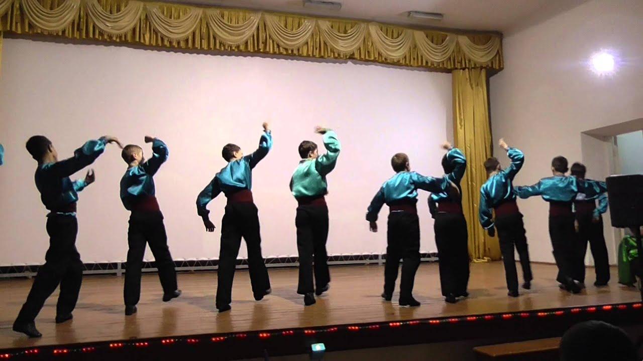 Национальный колорит в танцах ансамбля «Кадынжа»