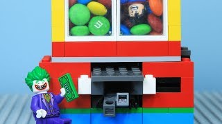 [Brick Creation #16] Lego Superman Building M&M Vending Machine