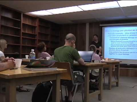 Launchpad 2009: Mike Brotherton on Light and Elect...