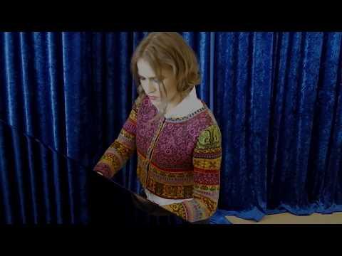 Anna Sutyagina plays Fantasy on Russian Folksongs